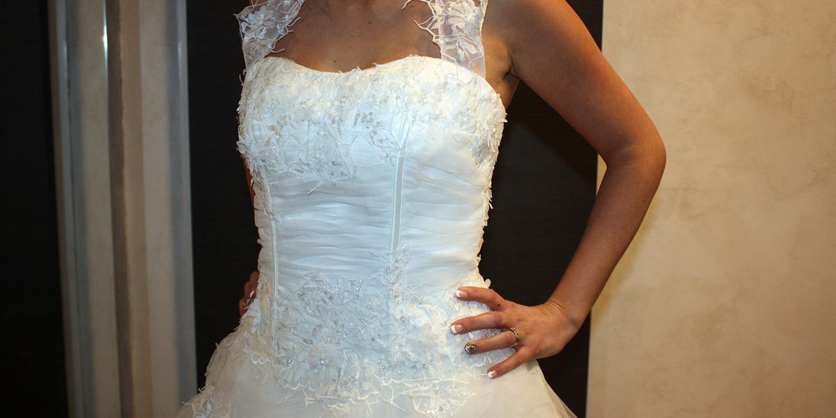 belle-et-unique-robe-mariage-col-americain-2803-01