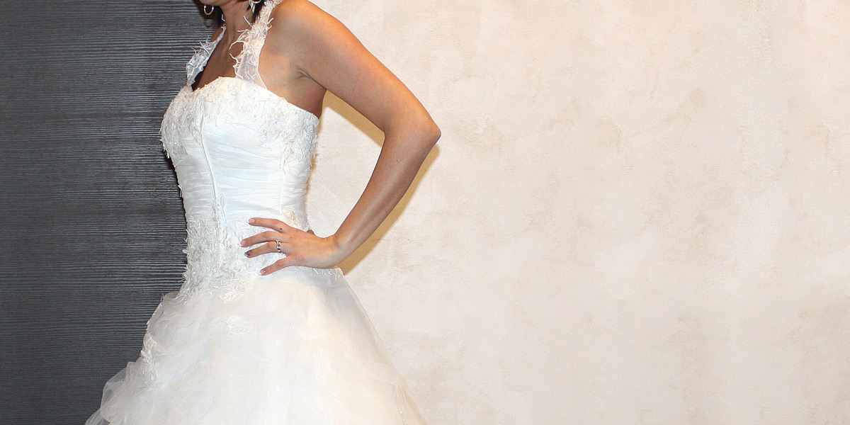 belle-et-unique-robe-mariage-col-americain-2803-03