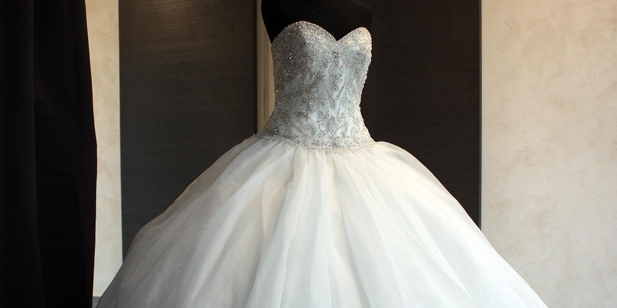 belle-et-unique-robe-mariage-princesse-stass-2803-6